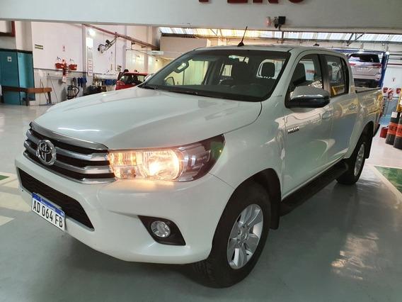 Toyota Hilux 2.8 Cd Srv 177cv 4x4 2018