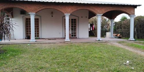 Casa Quinta En Barrio Villa Aero Club