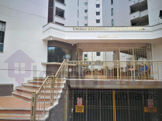 Vendo Apartamento En Antonia Santos Parque Central