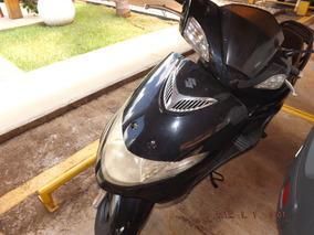 Suzuki Burgman An125 Preta