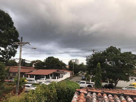 Hermosa Casa Para Comercio En Alquiler En Chanis Panamá Cv