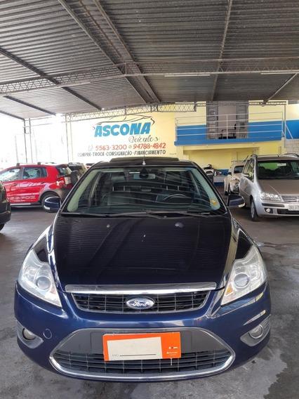 Ford Sedan Titanium