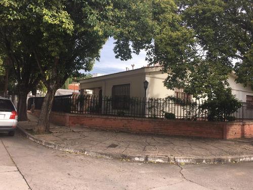 Venta Casa En Barrio Santa Rita, Calle Medrano , Carlos Paz