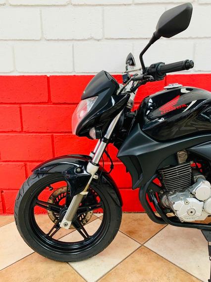 Honda Cb 300r - 2011 - Financiamos - Km 37.000