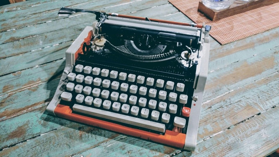 Maquina De Escribir Olympia International