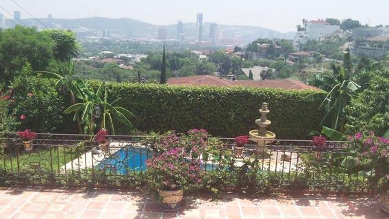 Residencia Con Hermosas Vistas Panorámicas Y Máxima Seguridad