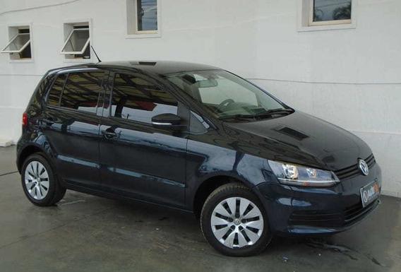 Volkswagen Fox Trend 1.0 Mi 8v Total Flex 4p