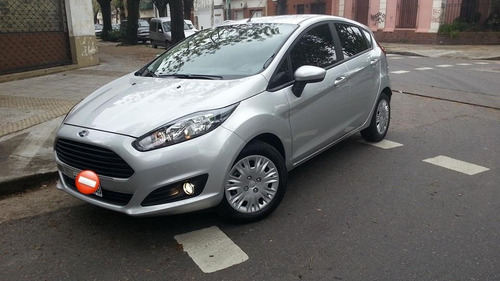 Ford Fiesta Kinetic 2015 S Impecable Oportunidad Unica