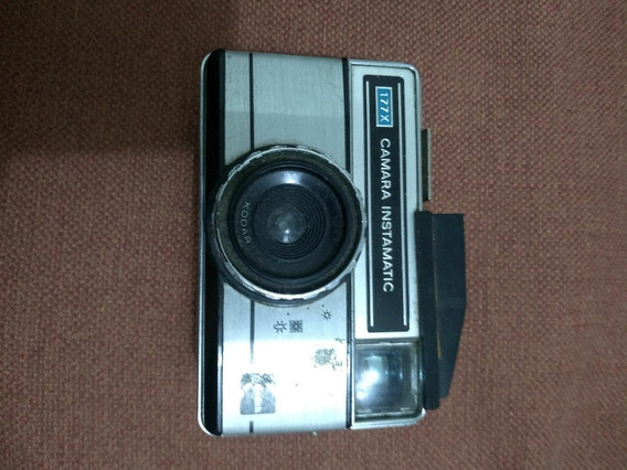 Câmera Fotografica Kodak 177x Instamatic Com Flash Frata