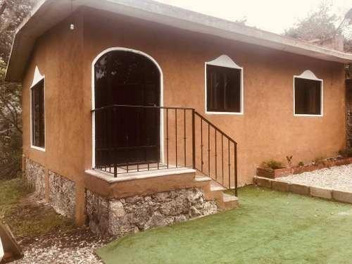 Casa En Renta El Parque , San Juan Tlacotenco