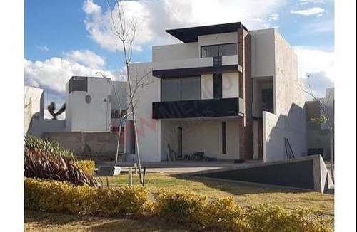 Venta Casa Nueva En Alto Lago Privada Con Seguridad, Casa Club Y Jardín Zen