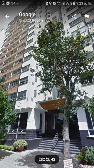 Venta De Espectacular Apartamento En Somayor,