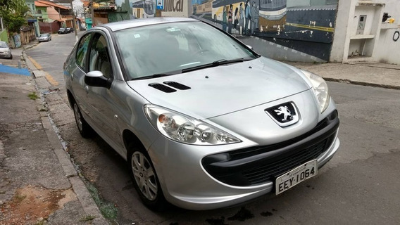 Peugeot 207 Passion 1.4 Flex - Lindão.