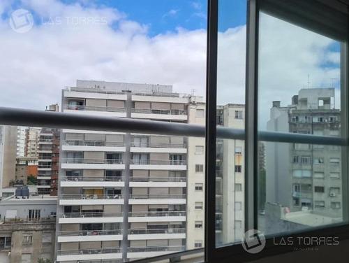 Apartamento - Pocitos A 200 Mts De Rambla, Imperdible