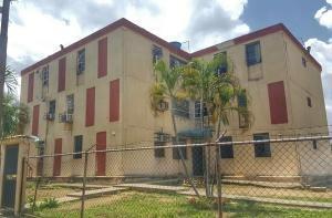Apartamentos En Venta Los Caobos Valencia 19-13736 Rahv