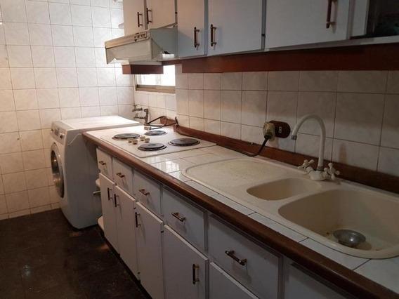 Caa- Apartamento En Venta- Cod. Mls #18-12755- 04242441712