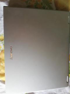 Laptop Lenovo Modelo: 8922a39 (para Piezas)