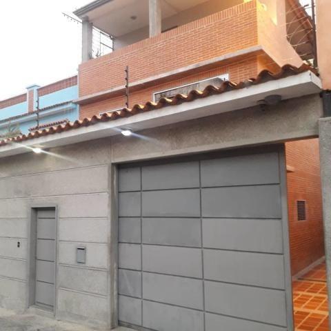 Casa En Alquiler Fc Chuao Mls #20-20261
