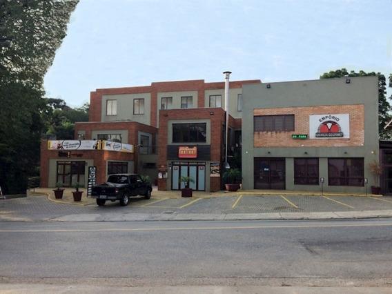 Loja C (320,00 M²) - Centro Comercial Áarea - Já Locado! - 1076v