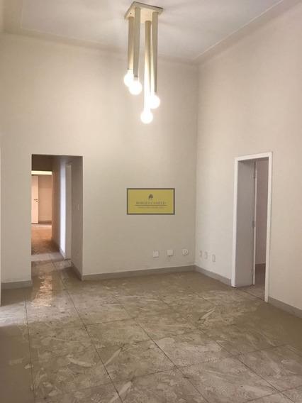 Casa Comercial Ideal Para Clínicas, Em Excelente Localização No Bairro Funcionários. - 4874