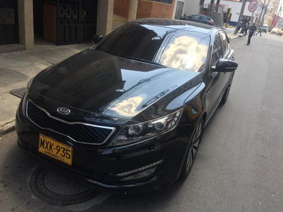 Kia Optima 2400cc Negro