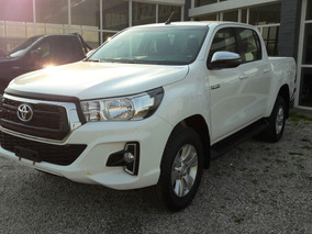 Toyota Hilux 2.8 Cd Srv 177cv 4x2 At Linea 2019 Disponible