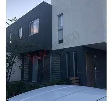 Casa Renta Privada Con Vigilancia 24/7 Juriquilla Querétaro $13,000.00