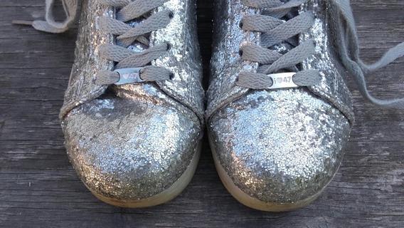 Zapatillas 47 Street Footy Led Con Glitter Plata. Talle 30