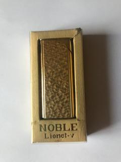 Antiguo Encendedor Japonés Noble, Años 60