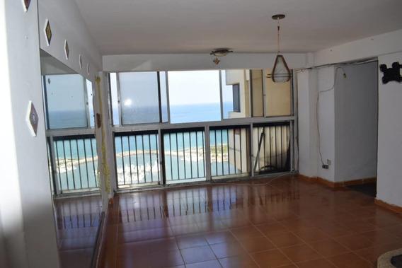Apartamento En Alquiler Playa Grande