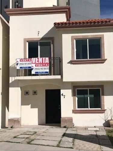 Casa En Venta Condominio Montemayor El Refugio Querétaro