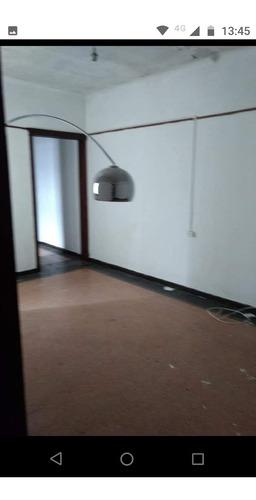 Imagen 1 de 8 de Oportunidad Apartamento 2 Dorm Amplios Zona Mayorista