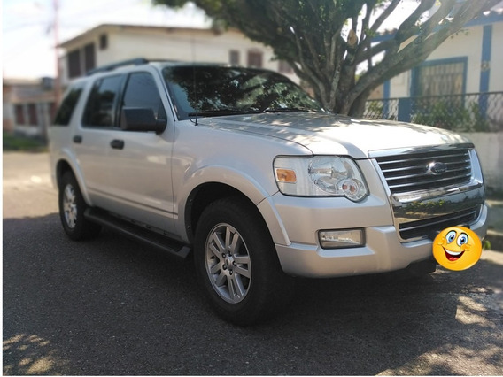 Ford Explorer Limited 4x4 2010