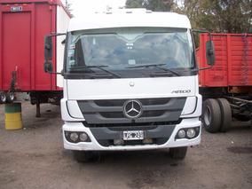 Camión M.benz Atego 1725 Con Caja Playa En Excelente Estado.