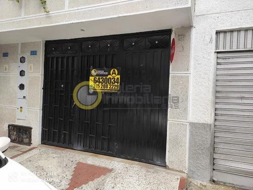 Apartamento En Arriendo Ricaurte 704-8520