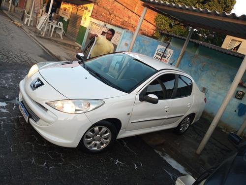 Peugeot 207 2011 1.4 Xr Flex 5p