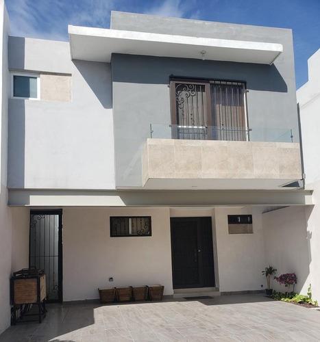 Casa Amueblada En Valle La Rioja, Apodaca En Renta