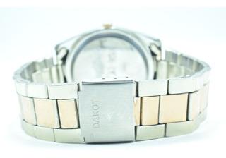 Reloj Femenino Con Malla De Metal Con Dorado