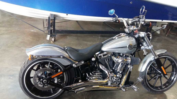 Moto Harley Impecável. Poddium Náutica Barco Lancha