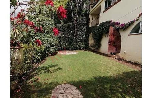 Casa En Venta Cuernavaca Morelos, Vista Panorámica, Desnivel, Estilo Moderno, Seguridad Las 24 Horas.