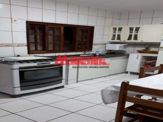 Venda - Casa - Centro - Sao Sebastiao - Dorm 2 - Valor R$ 65 - 1033-2-70297