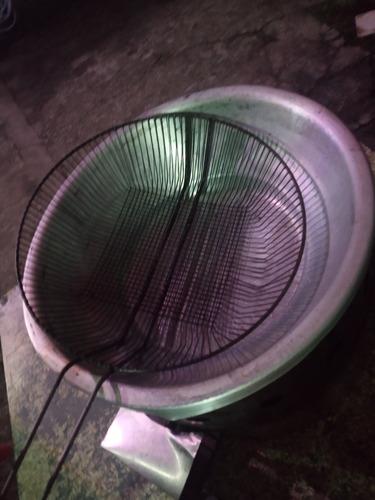 Imagem 1 de 3 de Fritadeira A Gás