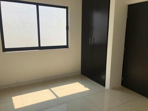Casa En Renta Con Uso De Suelo Comercial Av Comonfort Metepe