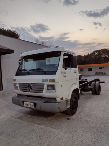 Imagem 1 de 8 de Volkswagen 8.150e