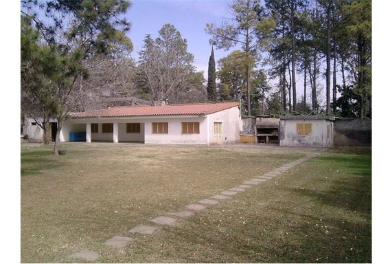 Casa A Reciclar A Minutos De Rosario, Lote 2190 M2