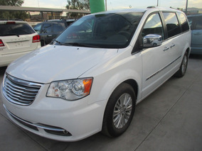 Chrysler Town & Country 3.6 Limited Color Blanco, Mod 2015