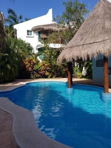 Departamento En Renta Playa Del Carmen **amueblado** C2325