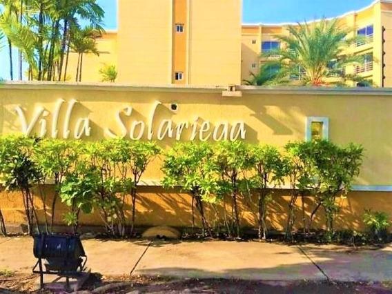 Apartamento En Alquiler En El Conj. Res. Villa Solariega