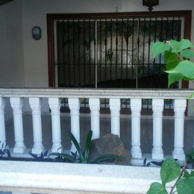 Casa Con Piscina En La Zurza 3hab+cuarto De Servicio Stgo