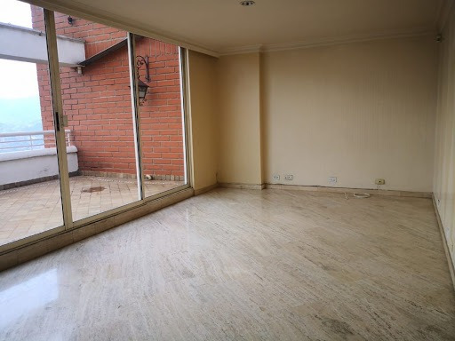 Apartamento En Arriendo Las Palmas 473-7559